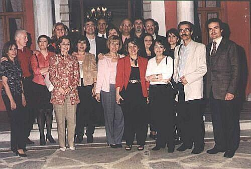 Bizim SINIF - 5 MAYIS 2001 ==> TIKLA BAK, BASKA RESiMLER VAR...